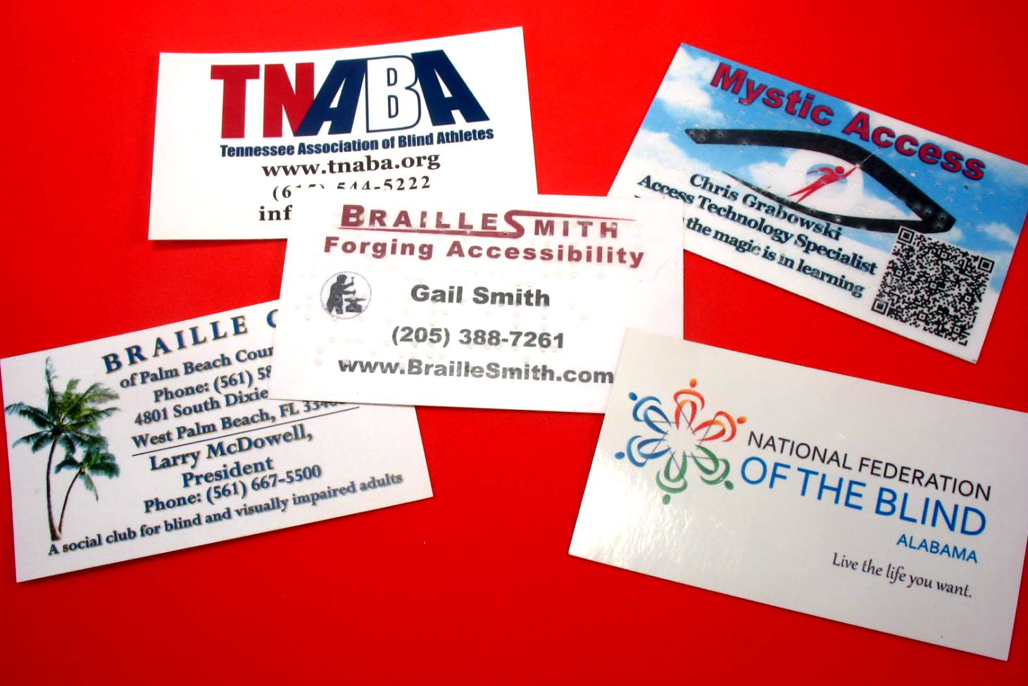 Business cards braillesmith offers several types of business cards to meet your needs whether it be regular print large print braille or a combination our designers colourmoves